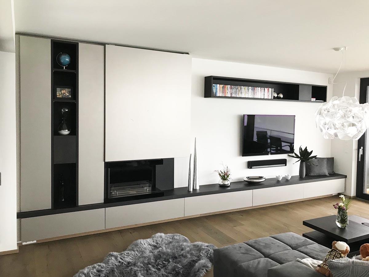 Wohnzimmer in schwarz-weiß | Möbel und Inneneinrichtungen ...